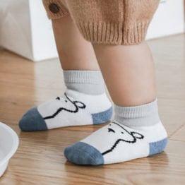 Kit 3 meias infantis ursinho com anti derrapante
